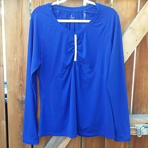 Athleta long sleeve blue workout shirt xl